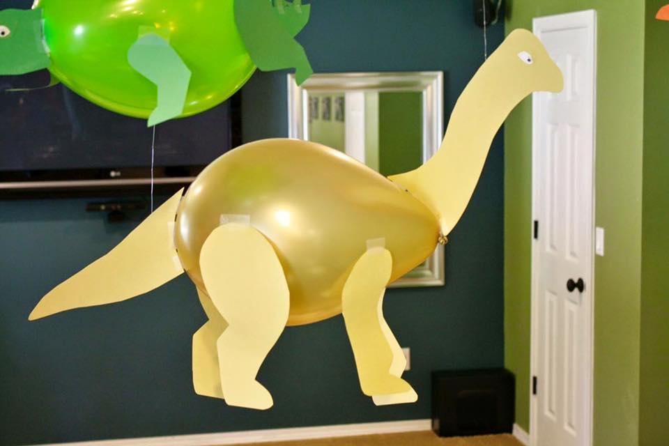 Balloon Party Decor Ideas (1)