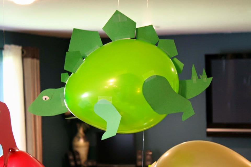 Balloon Party Decor Ideas (3)