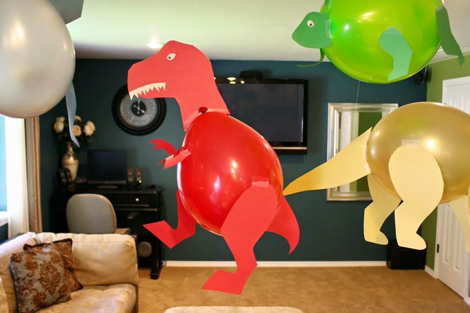 Balloon Party Decor Ideas (5)