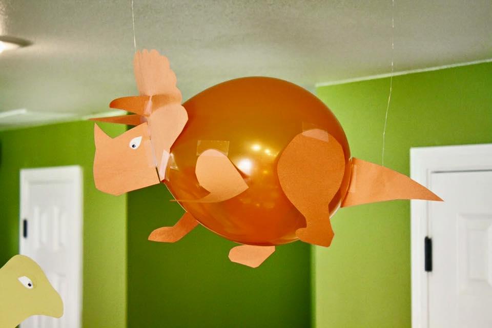 Balloon Party Decor Ideas (6)