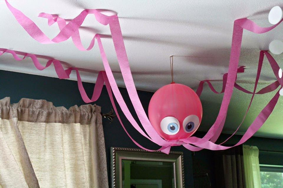 Balloon Party Decor Ideas (9)