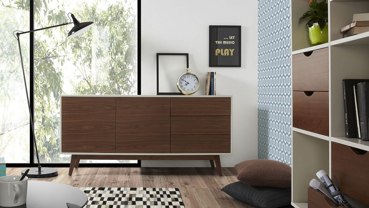 decorating minimalist interiors