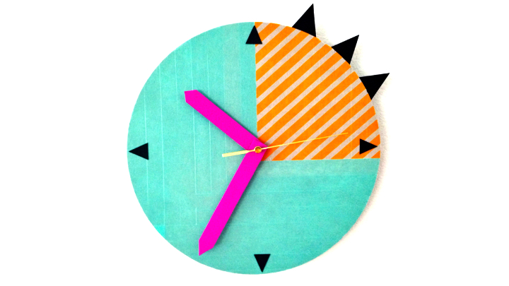 DIY: Clock decorated with washi tape