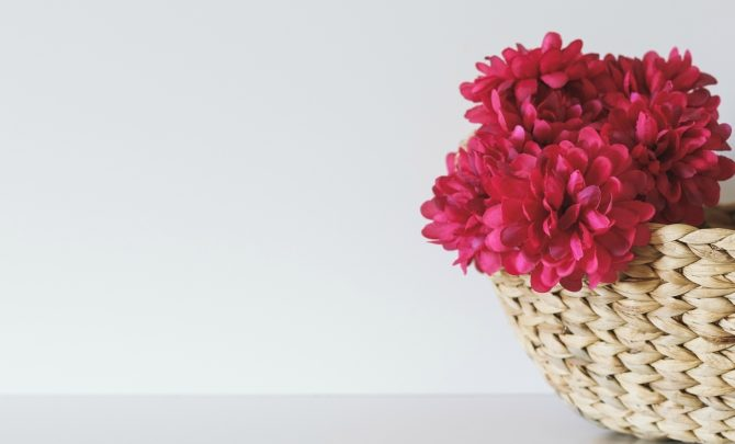 Ideas to decorate your house with artificial flowers