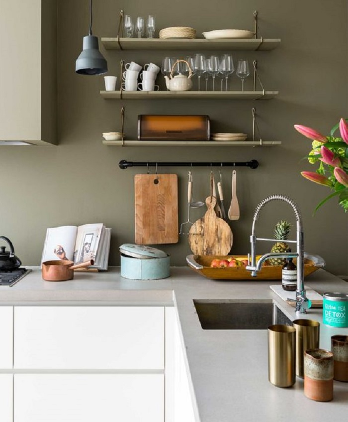OLIVE GREEN FOR VERY NATURAL KITCHENS