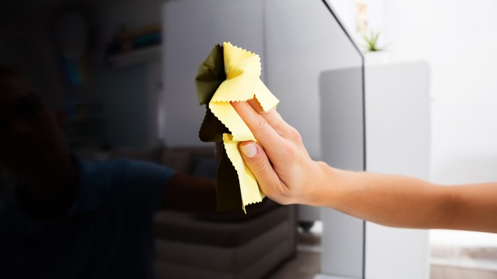 How to Clean TV Screen? Follow the Steps to Start