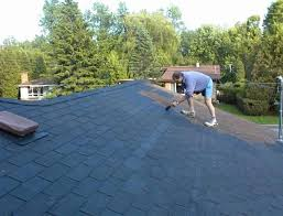 How Should You Apply Roof Sealant?